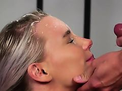 Nasty hottie gets sperm load on her face gulping all the cum
