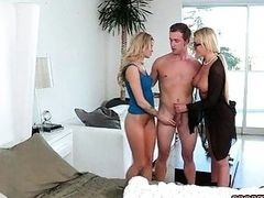 Jessa Rhodes facialed after 3some action on bed