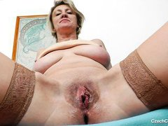 czech mature shows what she has