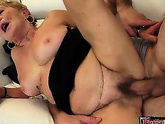 Hot secretary pussy penetration