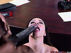 Mature Hottie Ariella Ferrera Receives Good Dicking