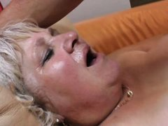 fat hairy mature pussy gets a dp